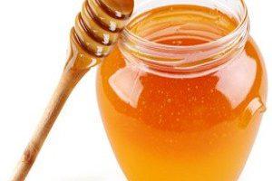 El uso de la miel para tratar las infecciones por hongos (candidiasis)